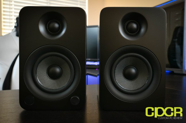 kanto-yu4-powered-desktop-speakers-custom-pc-review-3
