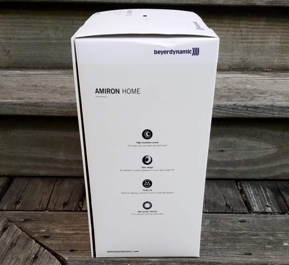 Amiron Home Box Side CustomPcReview