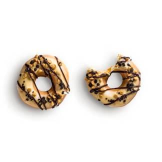 item-cover-doughnuts-peanut-butter-crunch
