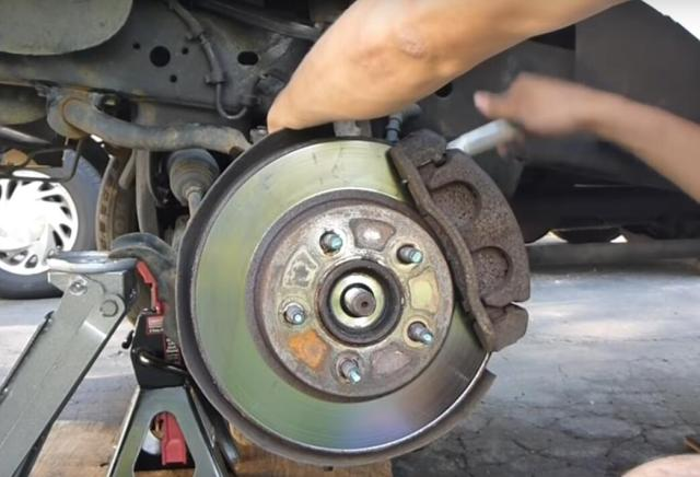 Replace the Ball Joint on Your Truck