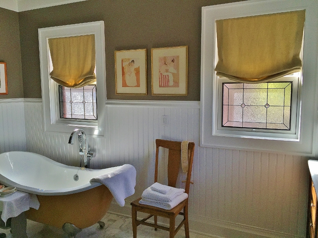 Bathroom Stained Glass small windows