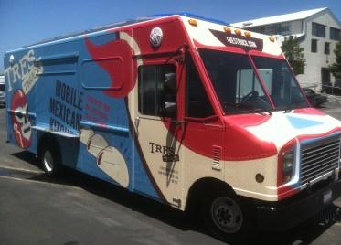 tres food truck wrap-05