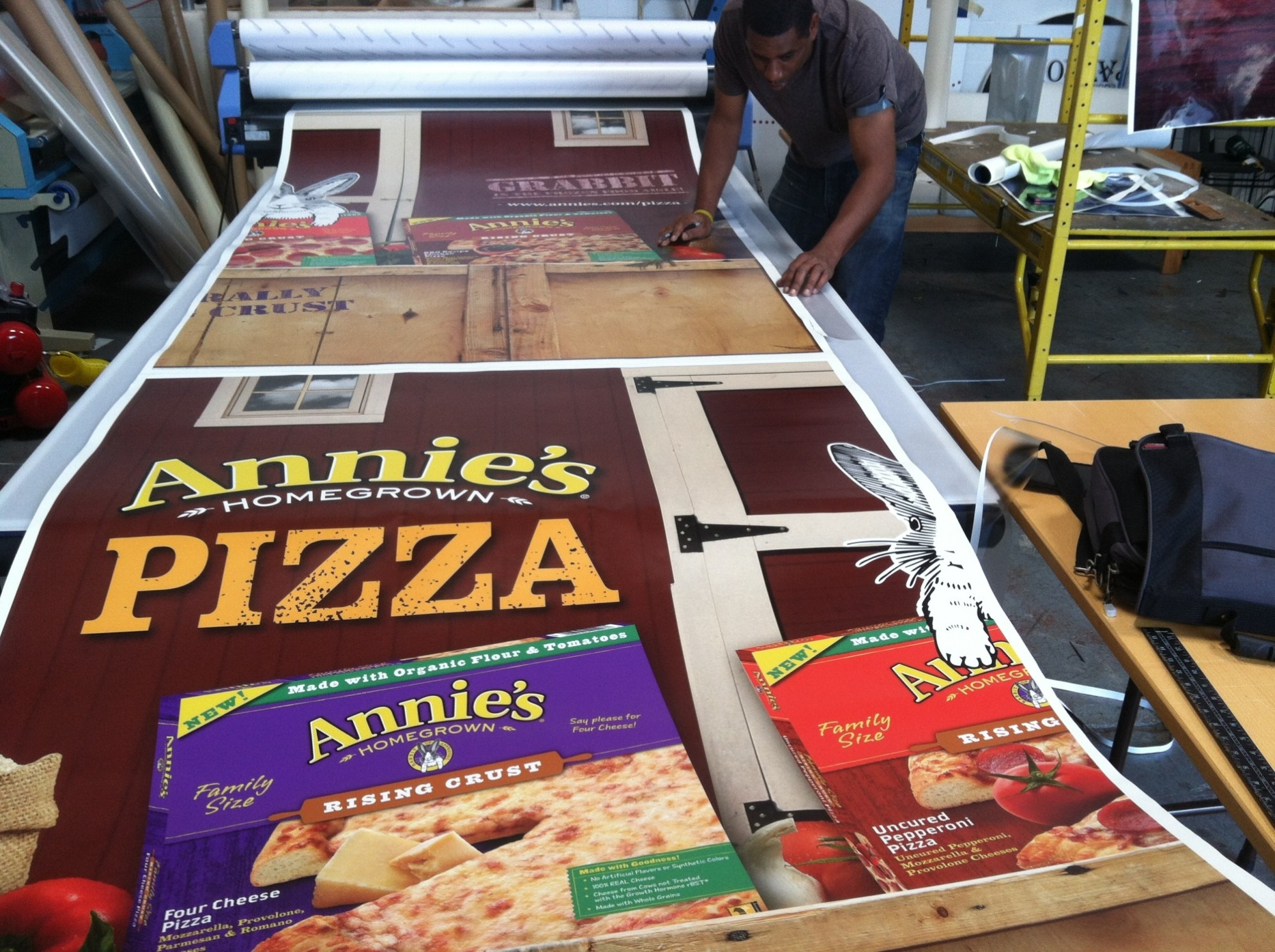 annies pizza trailer wrap-01