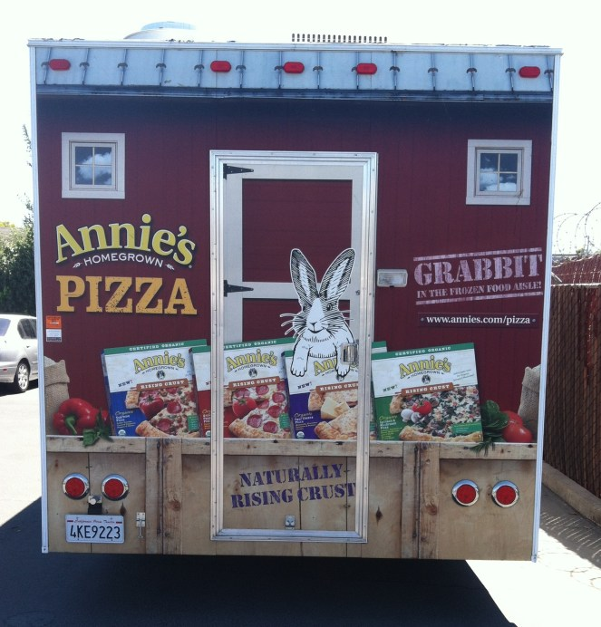 annies pizza trailer wrap