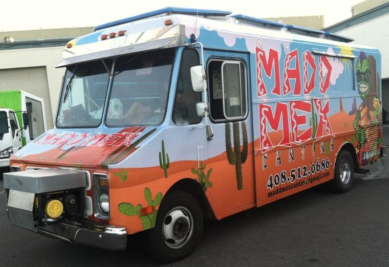madd mex food truck wrap-02