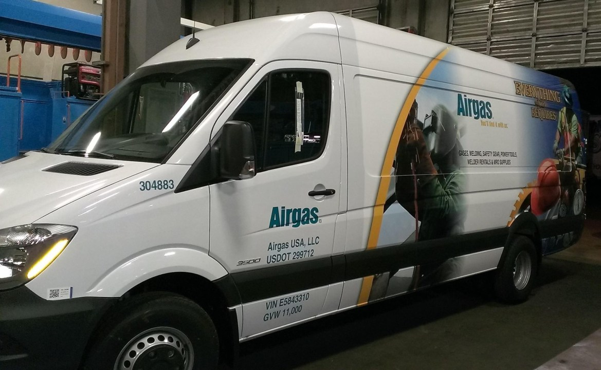airgas van wrap-03