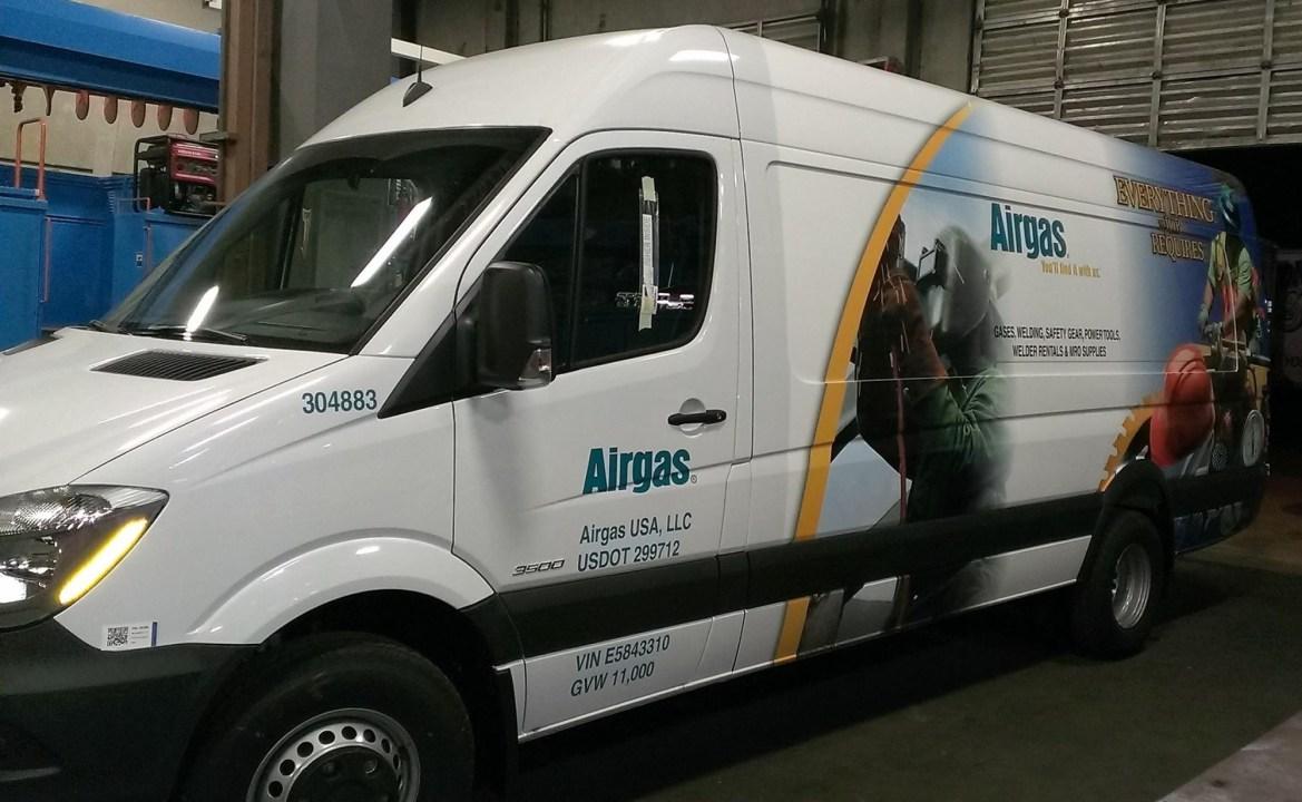 airgas van wrap-03