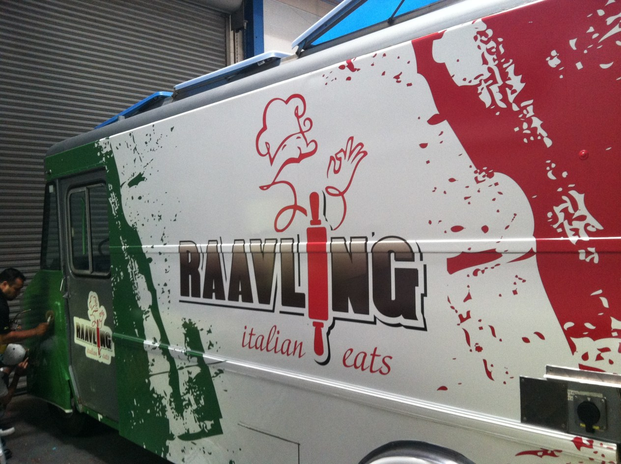 raavling food truck wrap-01