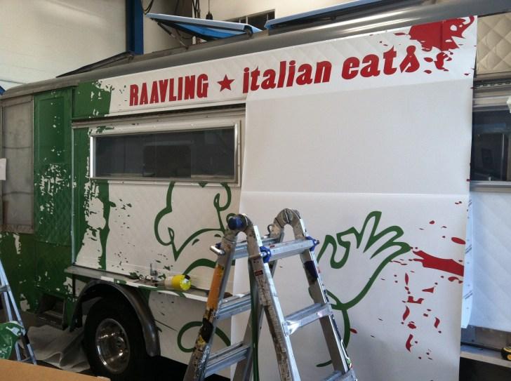 raavling food truck wrap