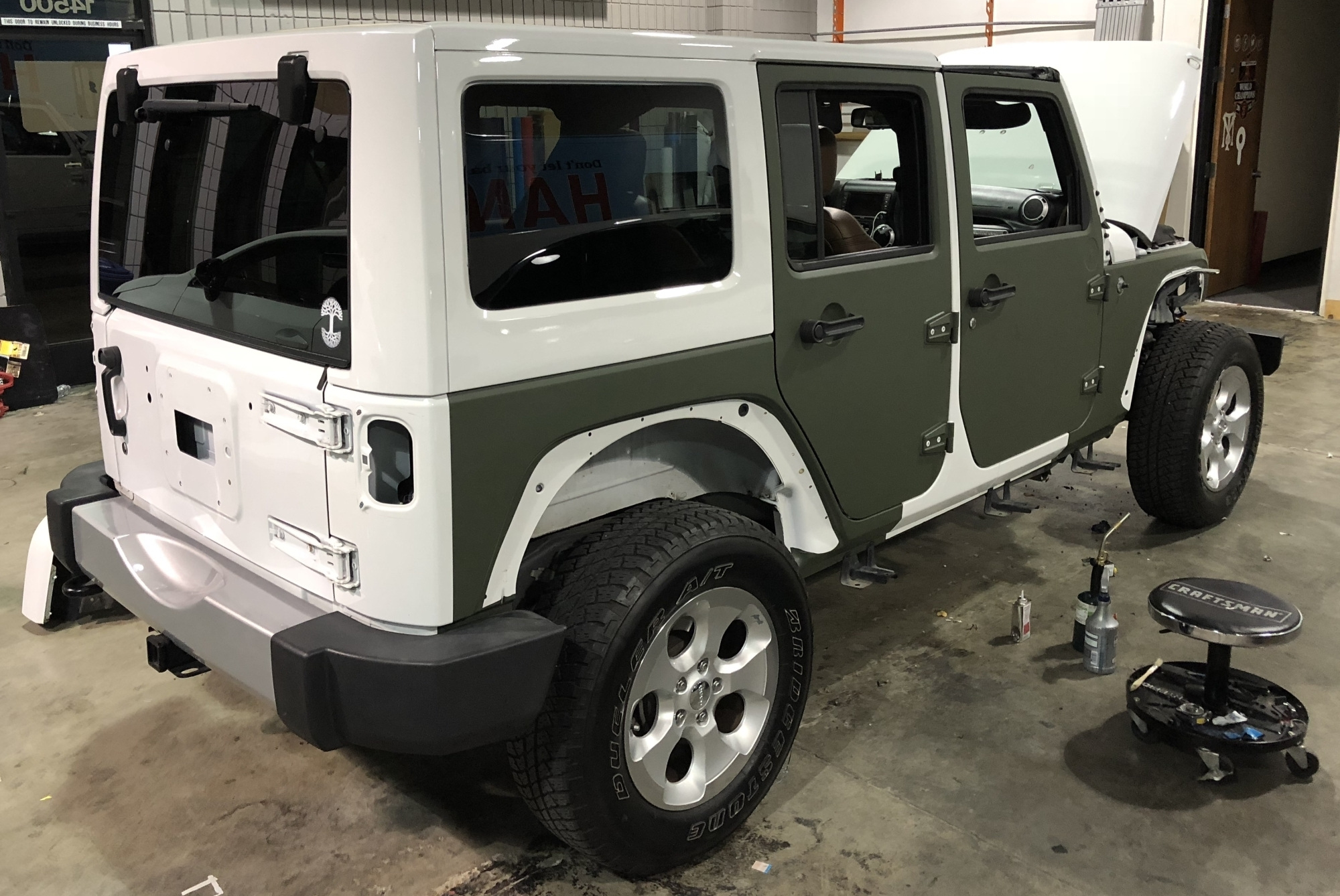 military green matte wrap jeep 04 – Custom Vehicle Wraps