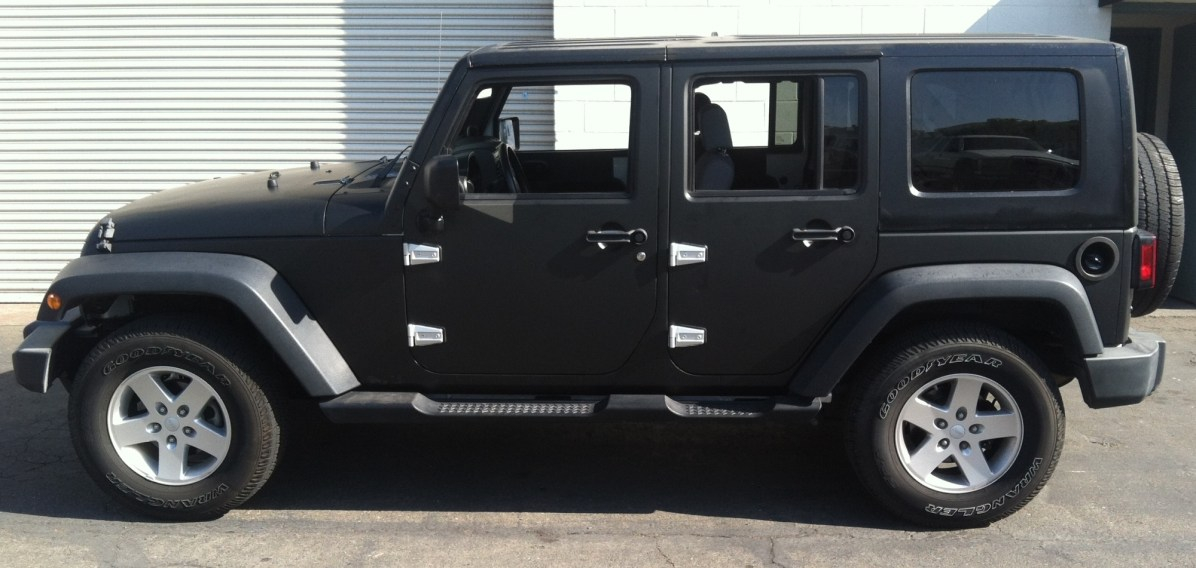 matte black jeep wrap-14