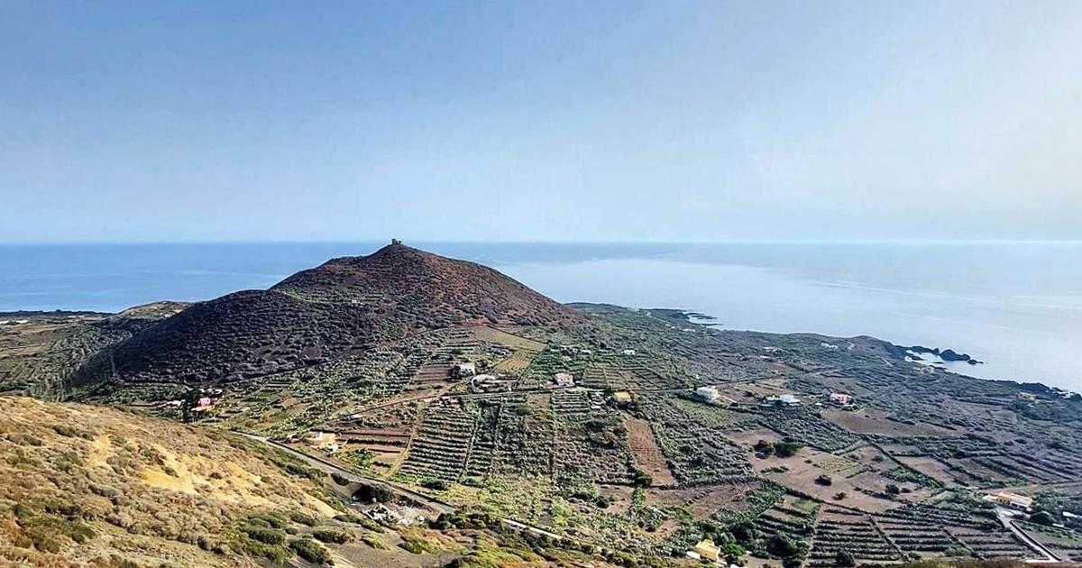 Linosa e il fascino della natura. L'isola nera, aspra e selvaggia dove Sicilia e Africa si incontrano