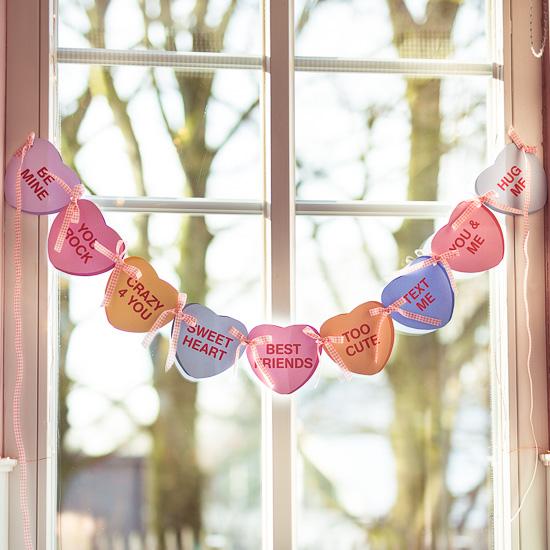 """als """"Crafty Project"""" basteln wir beim Crafternoon eine Valentinstag Girlande"""