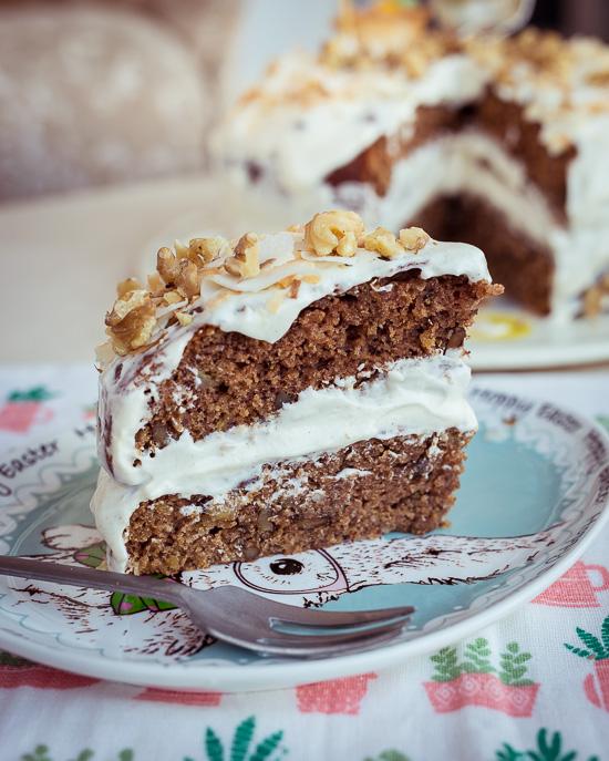 Ich mache den Hummingbird Cake in zwei Schichten