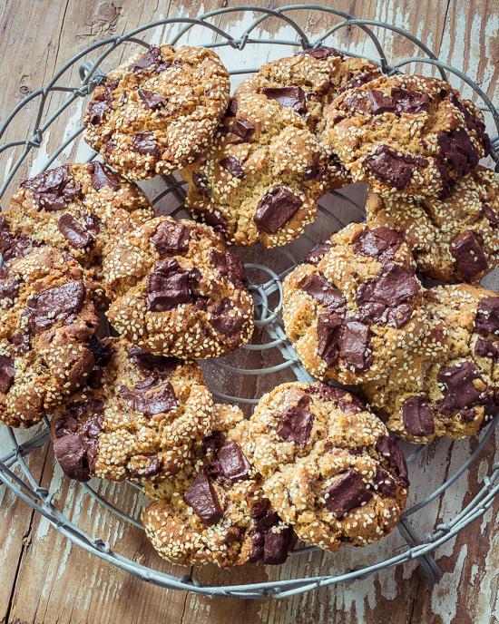 Meine Tahini Cookies, das Rezept findest Du im Text