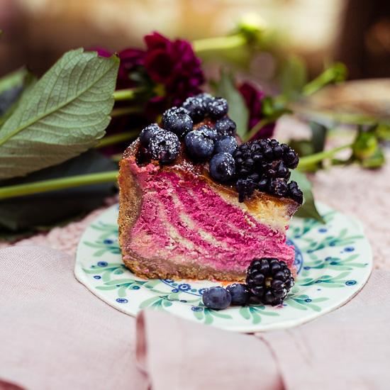 Das Rezept findest Du in Backen Craft und Rote Katze als NY Cheesecake