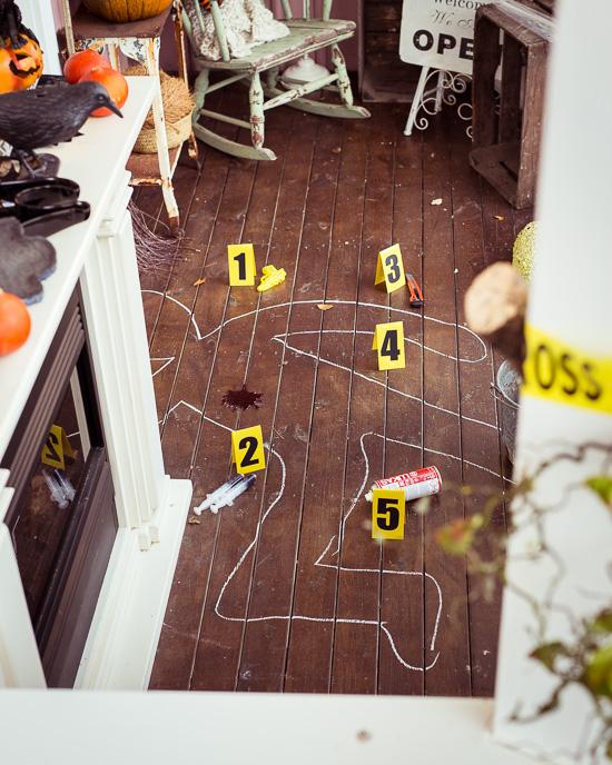 Das hätte ich mir je denken können, dass auf meiner Veranda an Halloween was nicht mit rechten Dingen zugeht