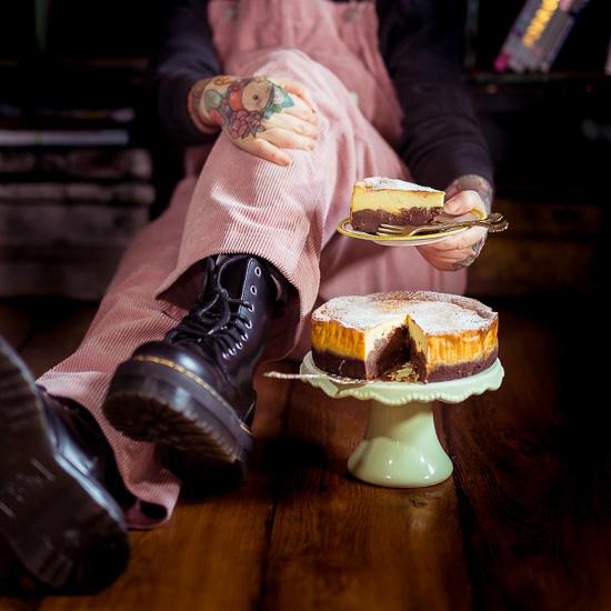 """Mein """"Klassiker"""" der Brownie Cheese Cake Käsekuchen aus meinem Buch Backen mit Love"""