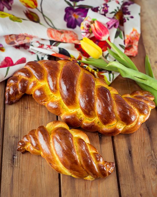 Freitags gibt es oft Challah Brot im Rosa Haus