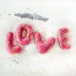 Valentinstag Love Donuts
