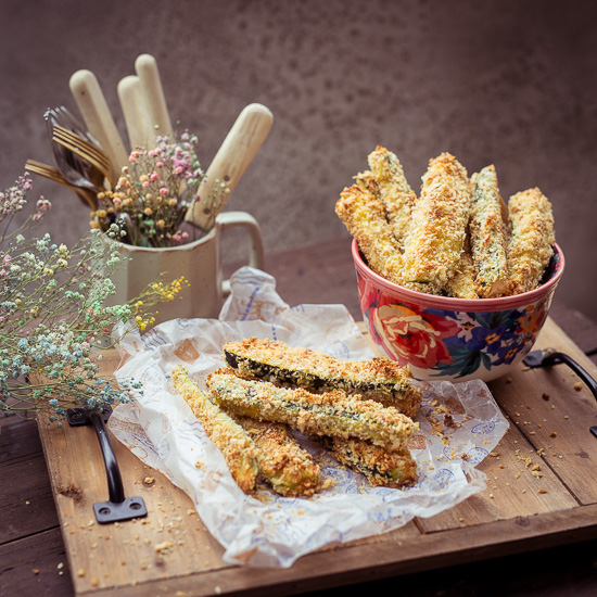 Diese leckeren Zucchini Sticks habe ich im Backofen gemacht
