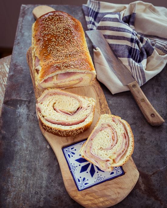 """Dieses Schinken Käse Brot eignet sich super als """"auf die Hand"""" Vesper"""