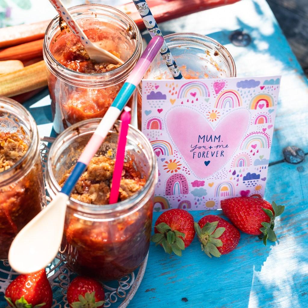 Rhabarber Erdbeer Crumble