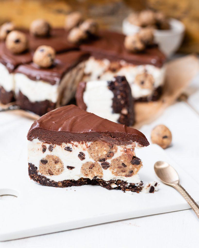 No-Bake Chocolate Chip Cheesecake Eis