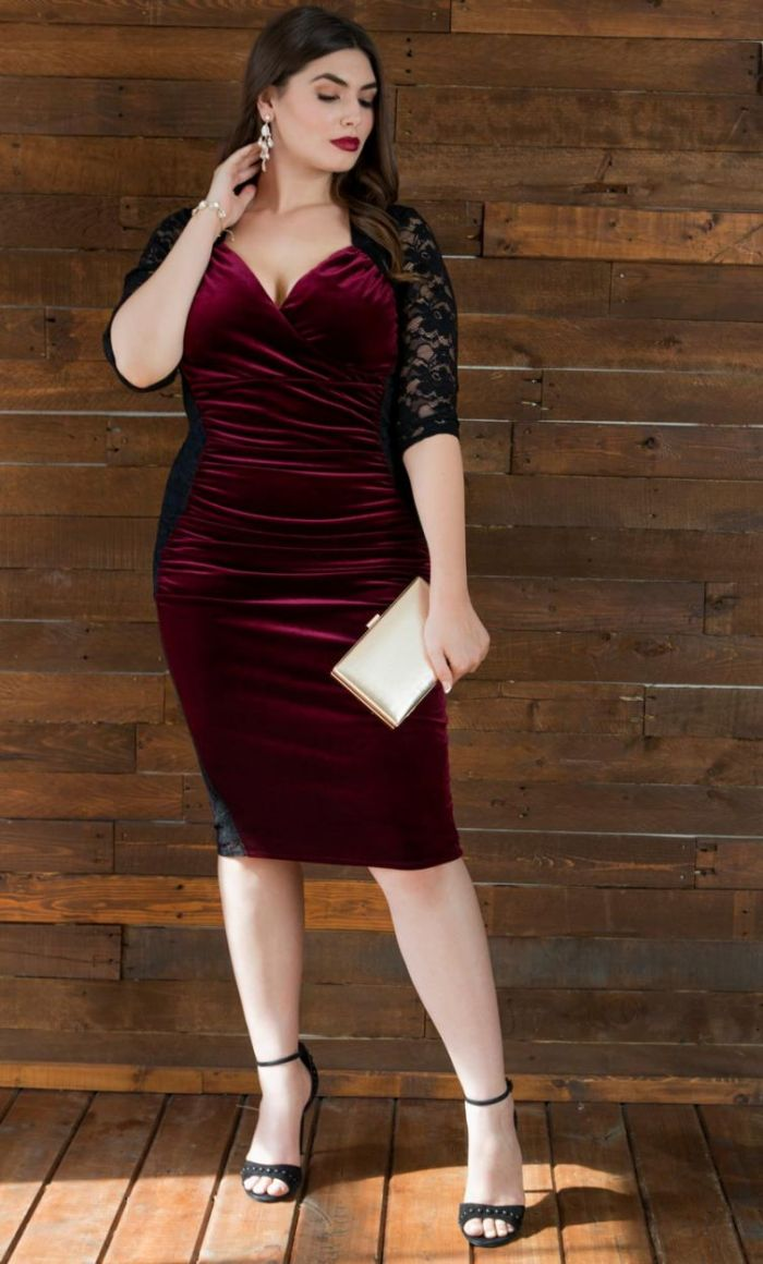 Plus Size Hourglass Lace Dress Black Red