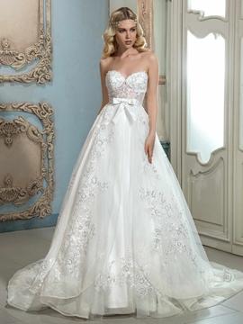 Beautiful Appliques Sweetheart A Line Wedding Dress