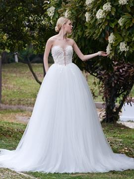 Beautiful Sweetheart Ball Gown Garden Wedding Dress