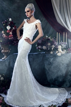 Brilliant Sheath-Column Square Sleeveless Chapel Train Appliques Wedding Dress