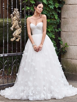 Charming Sweetheart Flowers A Line Wedding Dress