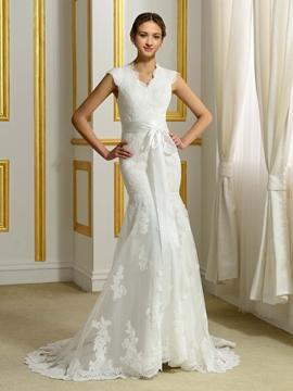 Charming V Neck Sleeveless Mermaid Wedding Dress