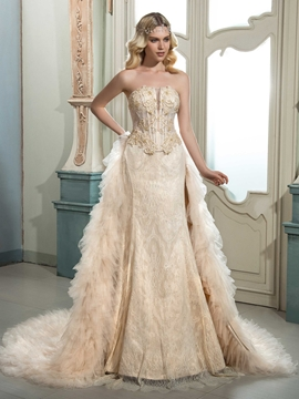 High Quality Strapless Beaded Lace Wedding Dress