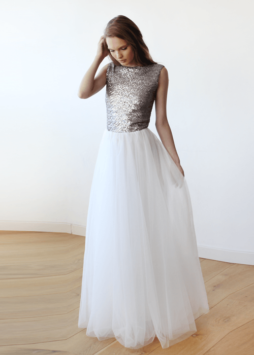Sleeveless Silver Sequins Maxi Tulle Dress with Open-Back 1099