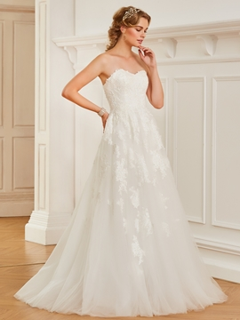 Sweetheart A Line Appliques Tulle Wedding Dress