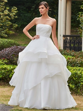 Classic Appliques Strapless Ball Gown Wedding Dress