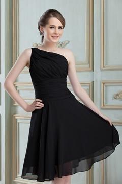 A-Line Knee-Length Bridesmaid Dress