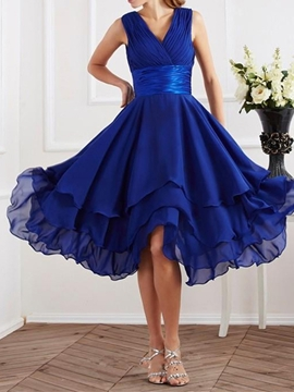 Charming V-Neck Asymmetry Chiffon Bridesmaid-Dress