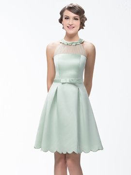 Stunning A-Line Short-Mini Zipper-Up Scoop Neck Bridesmaid Dress