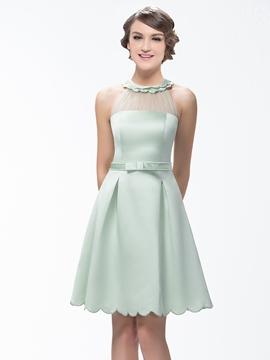 Stunning A-Line Short-Mini Zipper-Up Scoop Neck Bridesmaid Dress