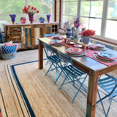 Summer tablescape styled in screened in porch for Labor Day.