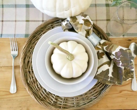 Napkin rings provide a more elegant look.