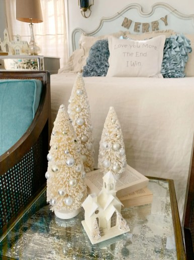Use a set of 3 trees in vignettes.