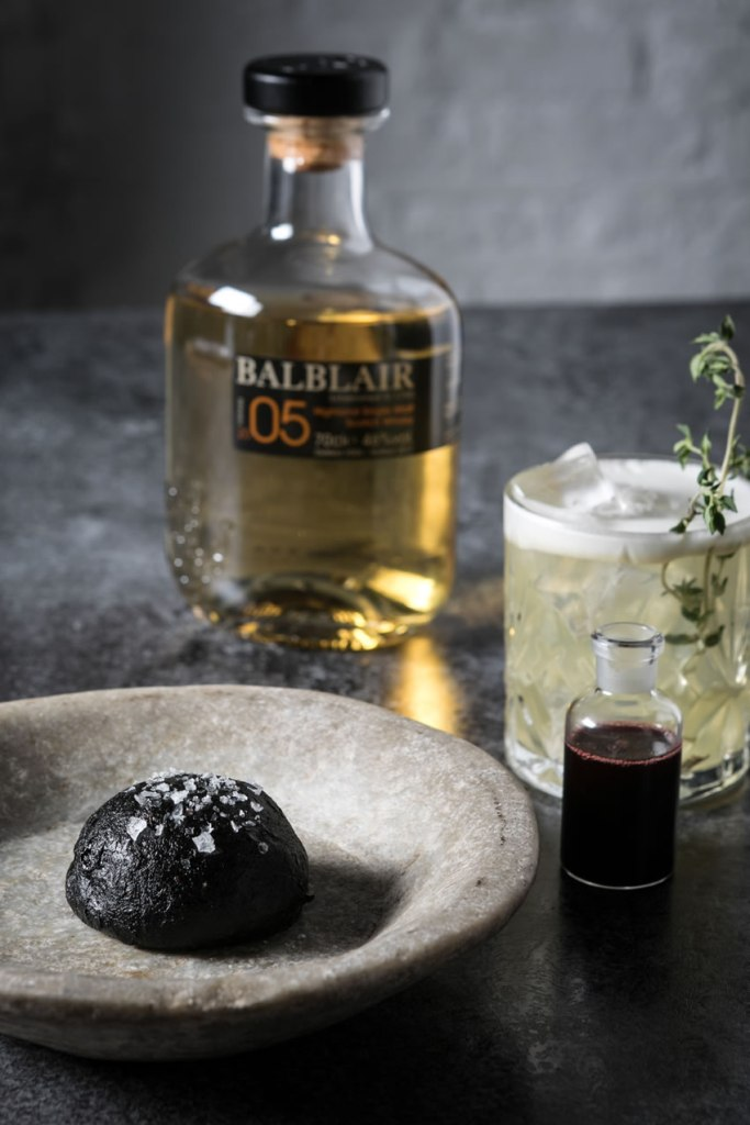 Balblair -Charcoal Venison Bun with Bramble
