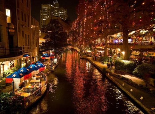 Christmas on the San Antonio River