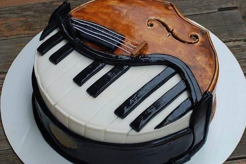 Piano-Violin-Cake