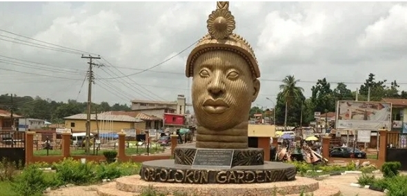 AGAINST SECESSION : A TESTAMENT TO YORUBA LEADERS AND THE PROMOTERS OF ODUDUWA REPUBLIC