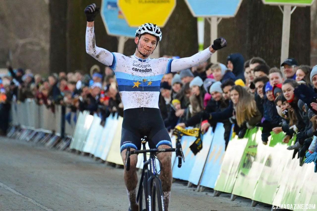 van der poel whips up dominant azencross loenhout win report